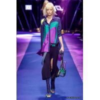 Восхитительная коллекция модной одежды от Versace