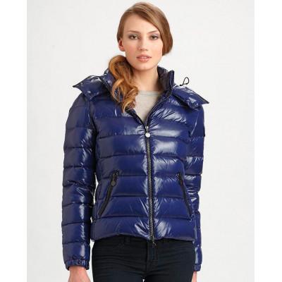 Пуховики – отличная альтернатива зимним пальто и шубам