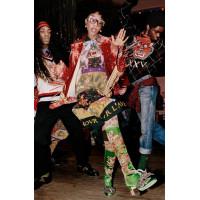 Танцы Gucci