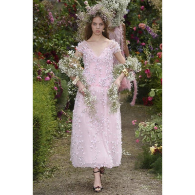 Лаура и Кейт Малливи представляют новую цветочную коллекцию
