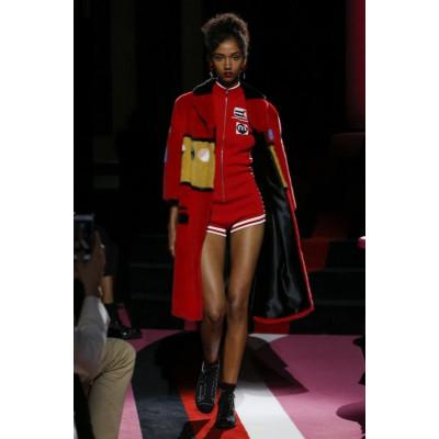 Миучча Прада на Неделе Высокой Моды в Париже