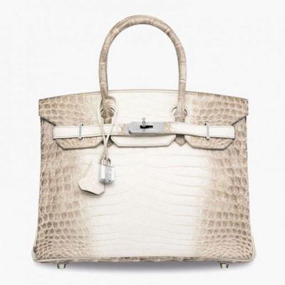 Названа самая дорогая сумка
