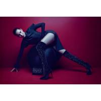 Белла Хадид снялась в рекламе Giuseppe Zanotti