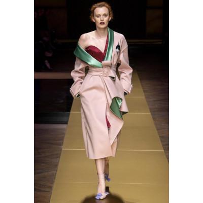Карен Элсон открыла показ Atelier Versace Couture