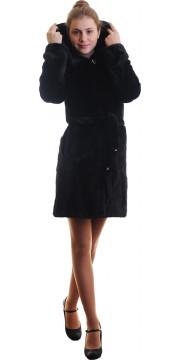 Короткая норковая шуба модного антрацитового цвета