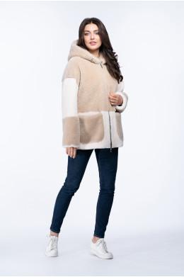 Женская куртка из эко меха с капюшоном