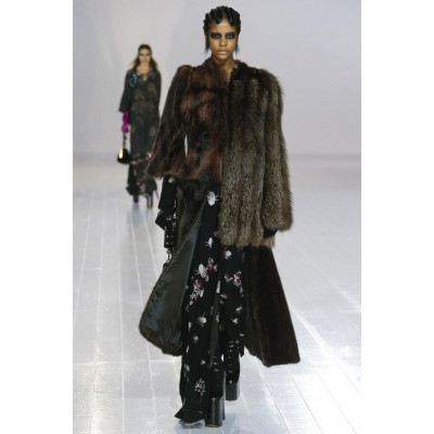 Marc Jacobs представил осеннюю меховую коллекцию 2016
