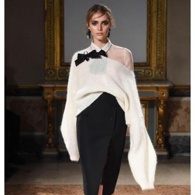 Модная одежда с длинными рукавами