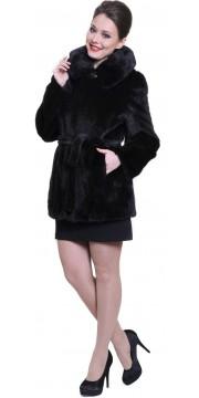Короткая черная норковая шуба с карманами, капюшоном и поясом