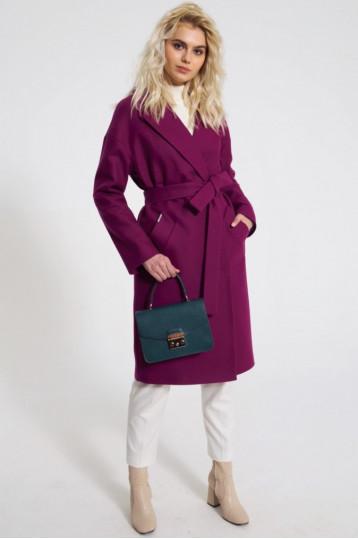 Демисезонное пальто цвета фуксия