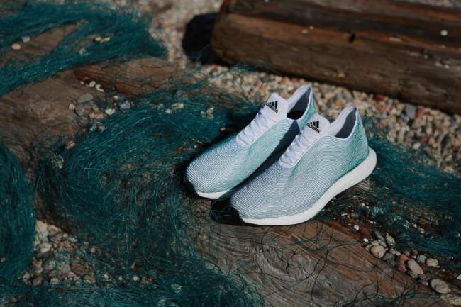 Adidas презентует новые кроссовки